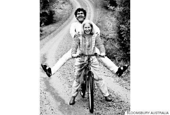 사랑을 위해 이 화가는 자전거로 인도-스웨덴을