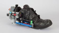 레고로 '신발끈 자동 조절 신발'을