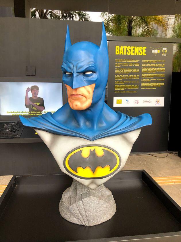 Busto do Batman é um dos pontos altos de acessibilidade na