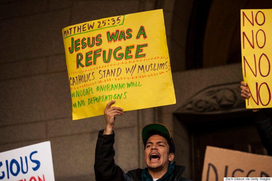 트럼프의 '무슬림 입국금지'에 반발하는 시위가 미국 전국으로 번지고