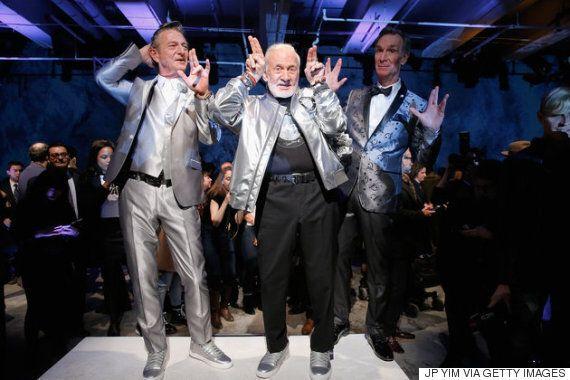 87세 우주 비행사 버즈 올드린이 뉴욕 패션위크 캣워크를