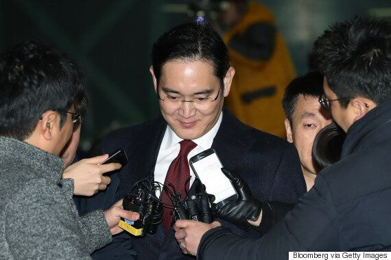 삼성 이재용 구속영장이 기각됐다. 특검의 박근혜 뇌물 수사에도 차질이