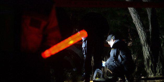 7일 광화문 인근 열린시민공원의 분신 현장에서 경찰이 현장감식을 하고