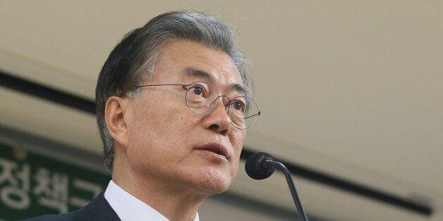 문재인 더불어민주당 전 대표가 5일 오후 서울 여의도 국회 의원회관에서 '권력적폐 청산 3대 방안 제시' 기자간담회를 하고