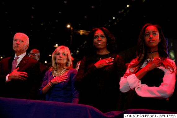 버락 오바마의 고별연설에 가족들도 눈물을