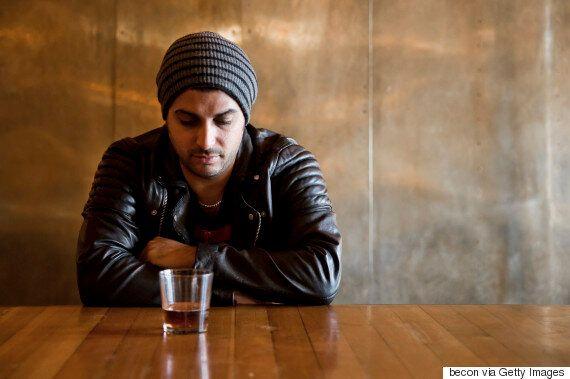 알코올 중독자들이 말하는 '내가 중독이라는 사실을 깨달은 순간'