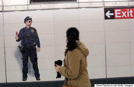 100년 만에 개장된 뉴욕 지하철역에 역사적인 그림이
