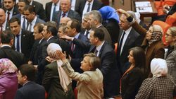 터키 의회에서 난투극이 벌어졌다