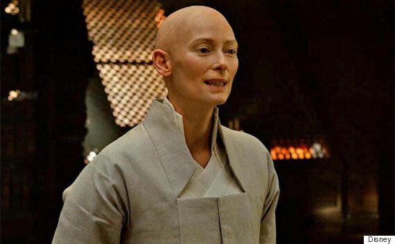 틸다 스윈튼이 '닥터 스트레인지'의 화이트워싱에 대해 마거릿 조와 주고받은 이메일을