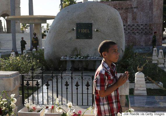 쿠바가 카스트로 유언에 따라 우상화 금지 법안을