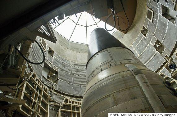 핵 전문가들은 트럼프의 '핵무기 강화' 트윗이 '아주 나쁜 조짐'이라고