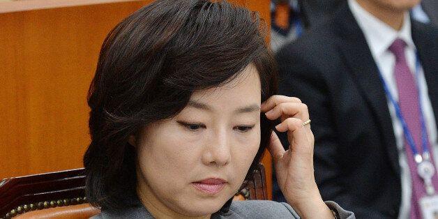조윤선, '대통령 검진 동행의혹' 증언 컨설팅업체 대표