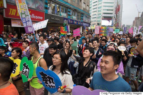 대만, '동성결혼 법제화'를 목전에