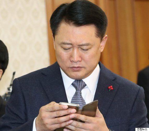 경찰청장 '박근혜 5촌 살인사건 의혹만으론 재수사 못