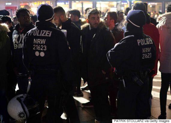 독일 쾰른 경찰이 집단성범죄 막는다며 이민자를 무차별로