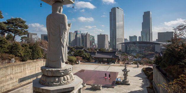 Korea, Seoul, Bong-eum Buddist