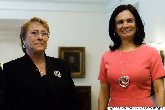 섹스 돌을 선물 받은 장관을 혼쭐낸 칠레의