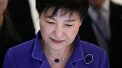 박근혜는 청와대 의무실 외에도 관저에서 수시로 진료를