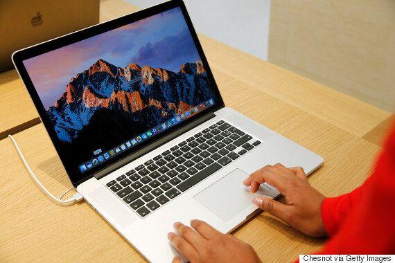 마이크로소프트가 애플의 새 맥북 프로를 제대로