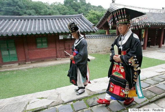 오스트리아 여행가의 눈에 비친 120년 전 조선의 모습