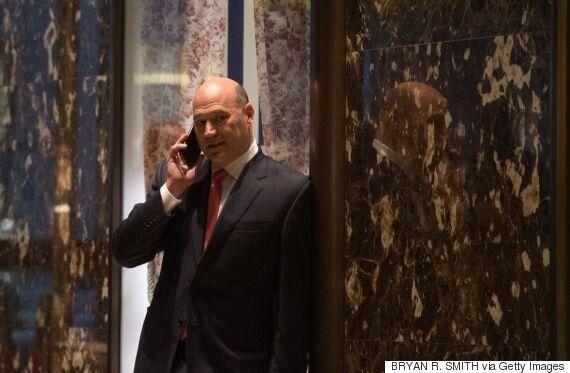 도널드 트럼프가 결국 골드만삭스 사장 게리 콘을 백악관 경제수장에
