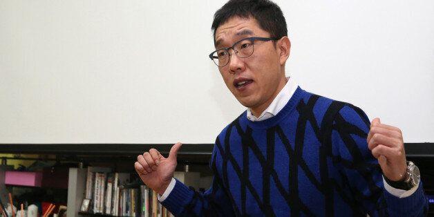 김제동이 박근혜 대통령에 대해 '내란죄를 적용해야 한다'고 말하는