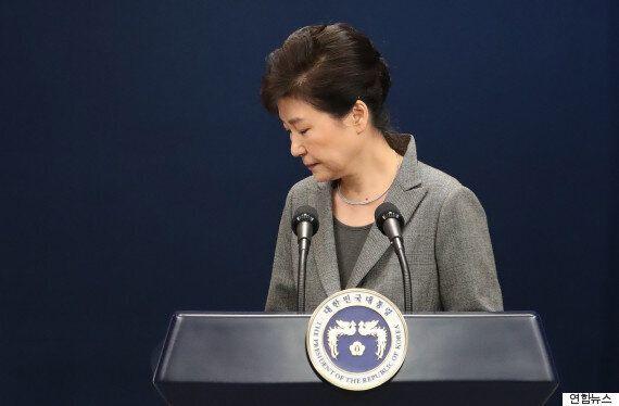 박근혜 대통령에게는 이제 두 가지 선택이