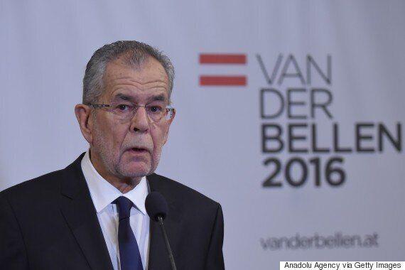 오스트리아 대선에서 '중도좌파' 판 데어 벨렌이 극우 후보를 꺾는 이변을