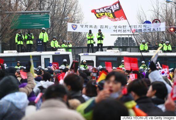 내일 열리는 '박근혜 퇴진' 6차 촛불집회는 청와대 100m 앞까지