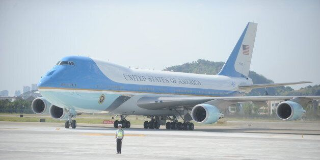 HANGZHOU, CHINA - SEPTEMBER 03: Air Force One carrying U.S. President Barack Obama arrives at Hangzhou...
