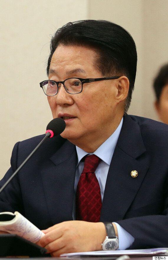 합의했다는 '최순실 특검법'에는 박 대통령이 빠져있고 오늘 법사위 통과도 안