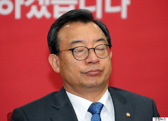 이정현이 '대통령 탄핵하려면 특검 취소해야 한다'는 이상한 논리를