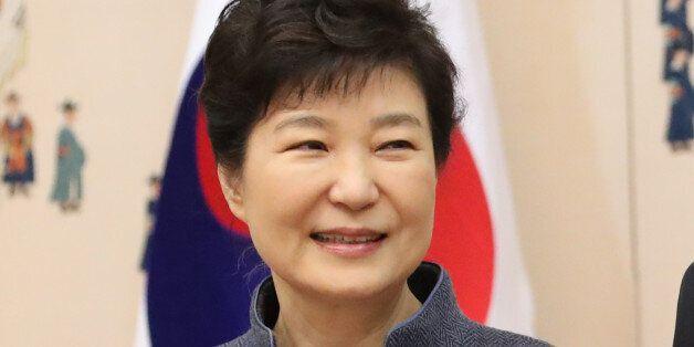 내일(20일) 오전 11시, 박근혜 대통령의 혐의 여부가