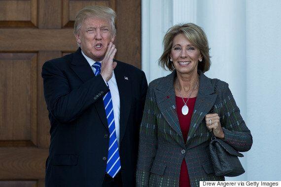 트럼프 교육부 장관의 남편은 학교에서 지적 설계를 가르쳐야 한다고