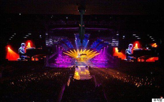 이적 콘서트에서 1만2천 촛불이 켜진