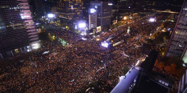 광화문, '시위의 극장'이 아닌 '사회정치적