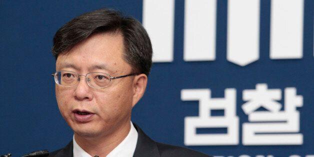 '횡령·직권남용 의혹' 우병우 수석 내일 검찰