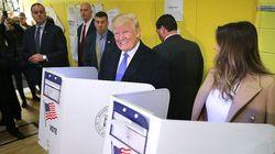 트럼프가 투표 중 모두에게 야유를