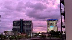 Ο τυφώνας Ντοριάν έκανε μοβ τον ουρανό στην Φλόριντα και οι φωτογραφίες είναι