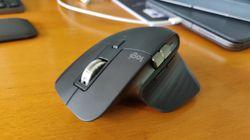 La molette de cette souris est magnétique (et ça change