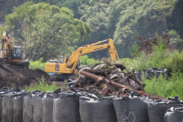 治山工事が進められている厚真町の吉野地区=2019年9月1日