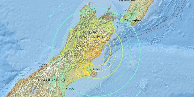 뉴질랜드 크라이스트처치 인근에서 규모 7.4 강력한 지진이 발생해 쓰나미 경보가