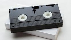 1990년대의 측근비리는 '비디오테이프'로