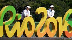 리우 올림픽은 끝났지만 아직까지 수백 명의 노동자들이 돈을 못