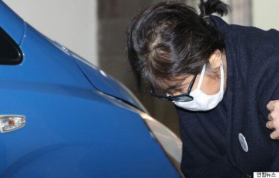 검찰이 정호성 휴대폰에서 박 대통령이 청와대 문건을