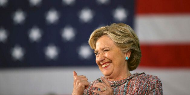 FOR STORY MOVING SUNADY NOV 6TH 0600EDT/1100GMTU.S. Democratic presidential nominee Hillary Clinton winks...