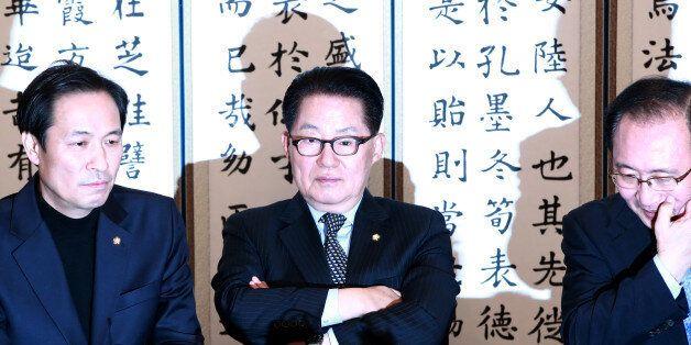 야3당이 박근혜 대통령의 '기습개각'에 반발하며 인사청문회를 거부하기로