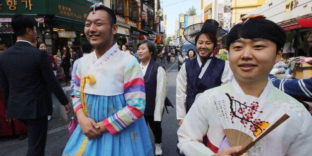 '남자는 바지, 여자는 치마'를 떠나 그냥 내가 원하는 한복을