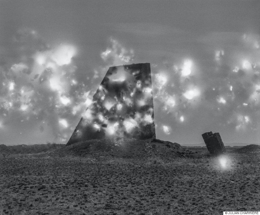 핵 실험 현장의 유독 화학 물질을 사진에