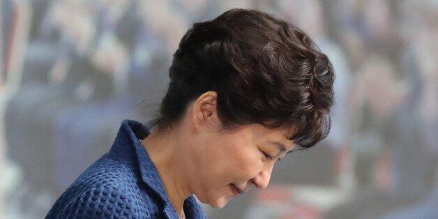 박근혜가 대통령직 사퇴하면 어떤 일이